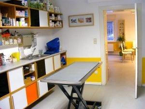 Behandlungsraum Tierarztpraxis am Mexikoplatz Dr. Werning